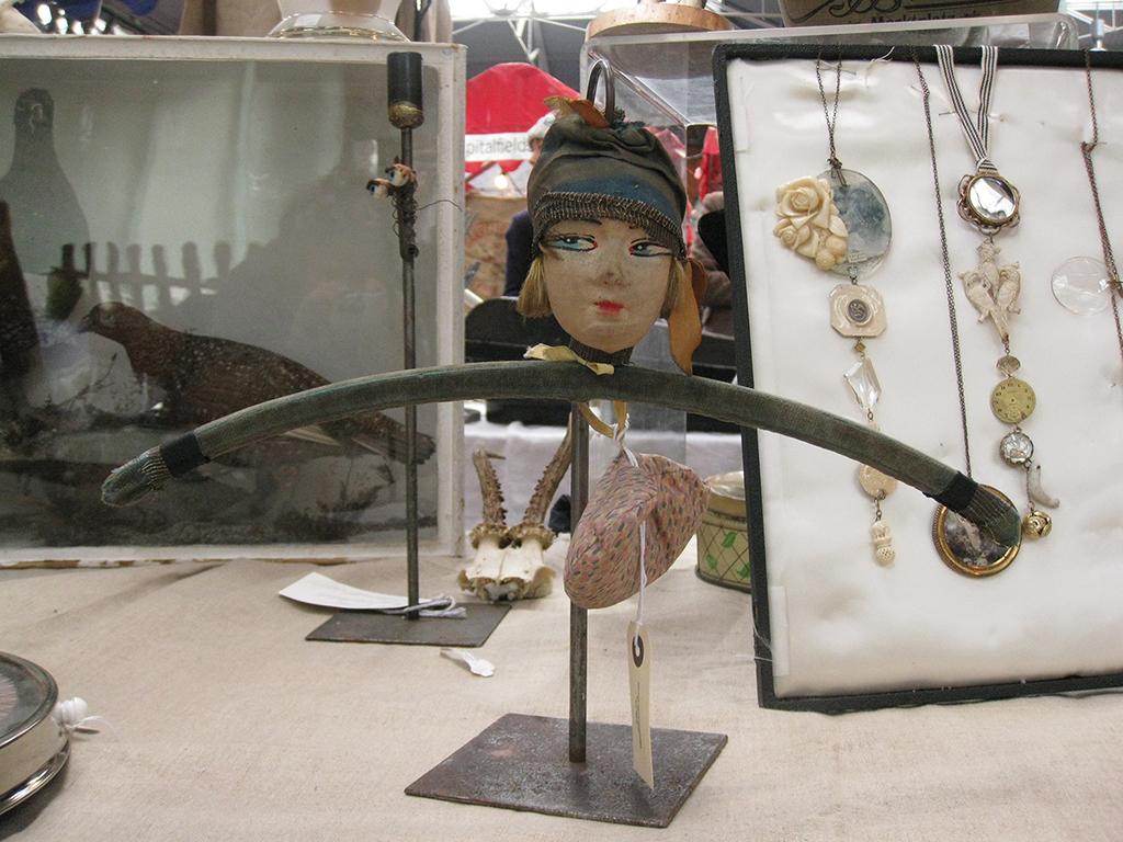 Boudoir Doll Hanger