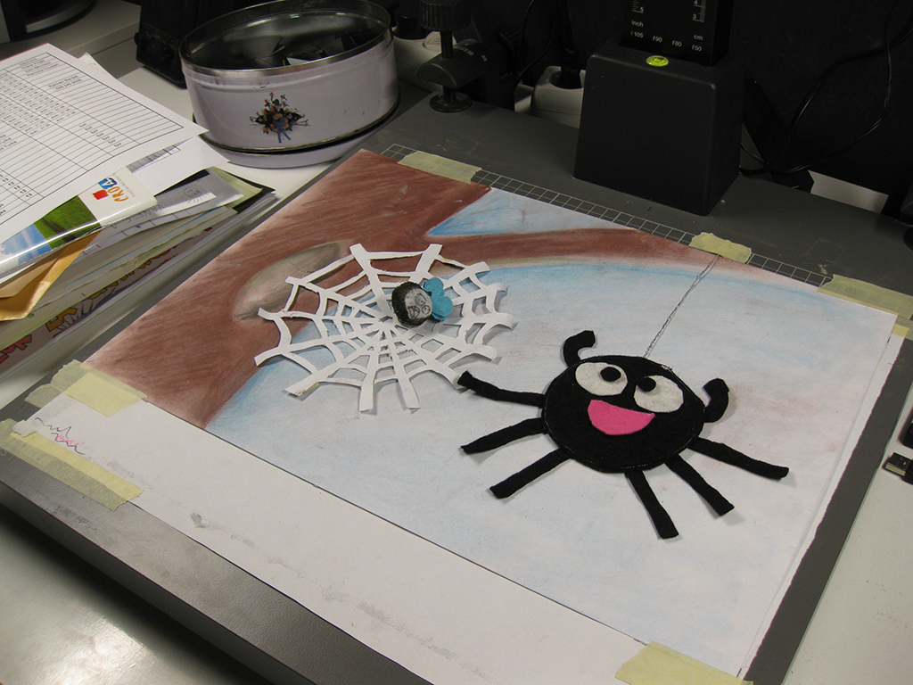 cut out spider